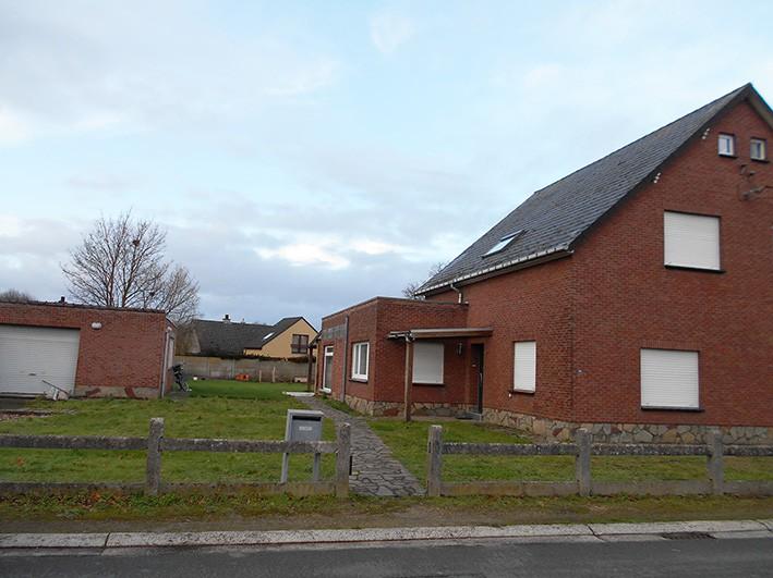 Une maison avec annexes