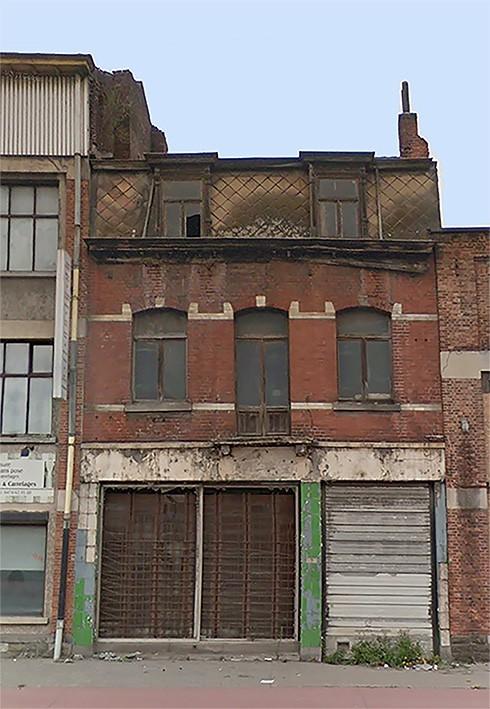 Lot 2 : Een handelshuis in puin