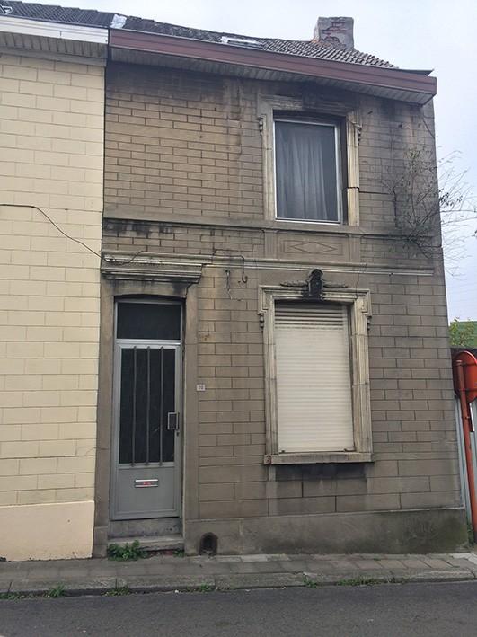 Maison en très mauvais état (ruine)