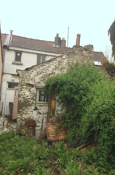 Maison en très mauvais état (en ruine)