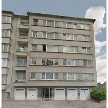 L'appartement au 5e étage et cave