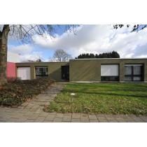 Maison bien située avec jardin et garage