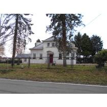 Une villa avec jardin
