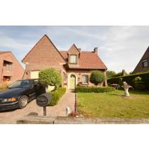 Vente 2 : Grande villa bien située dans un environnement résidentiel