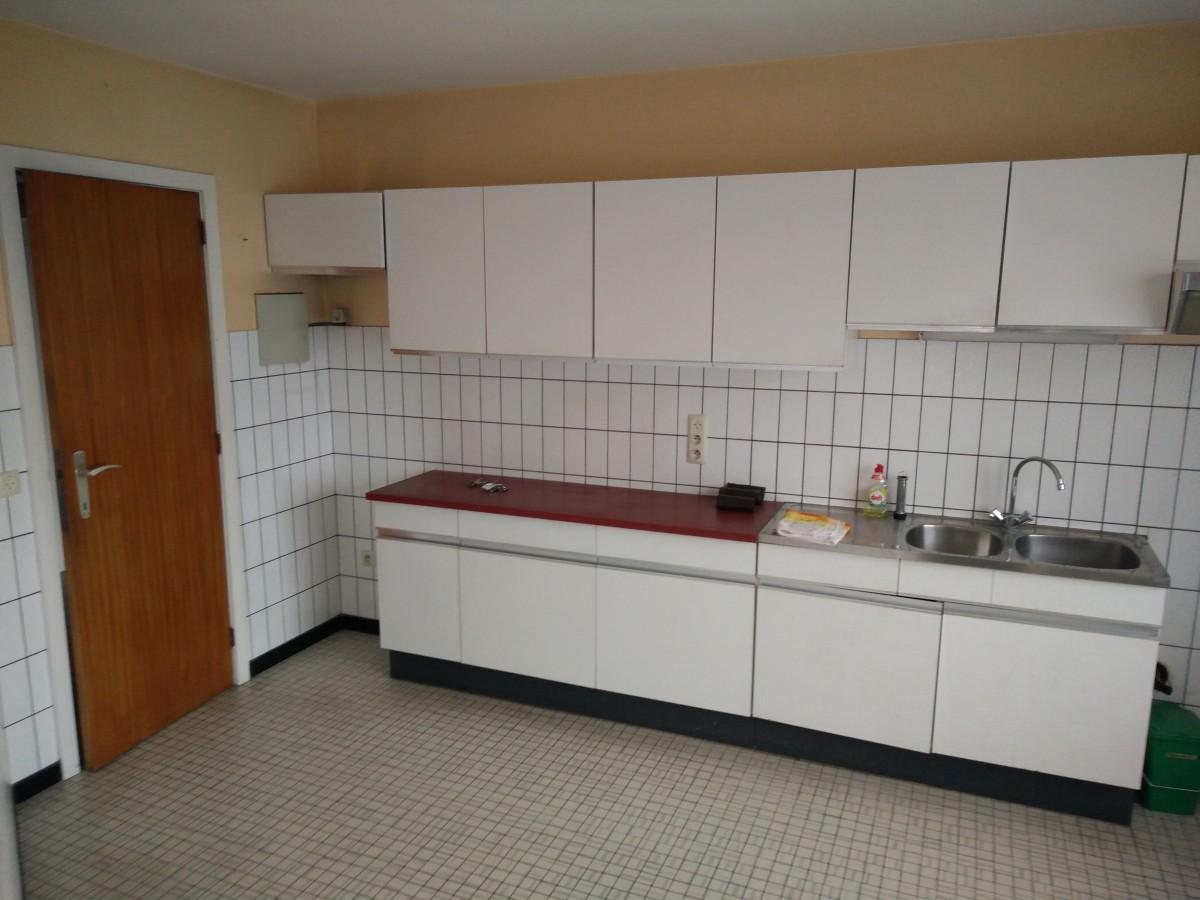 Appartement met garage en kelder nvn for Appartement garage